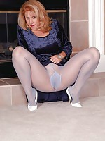 lick woman nylon feet
